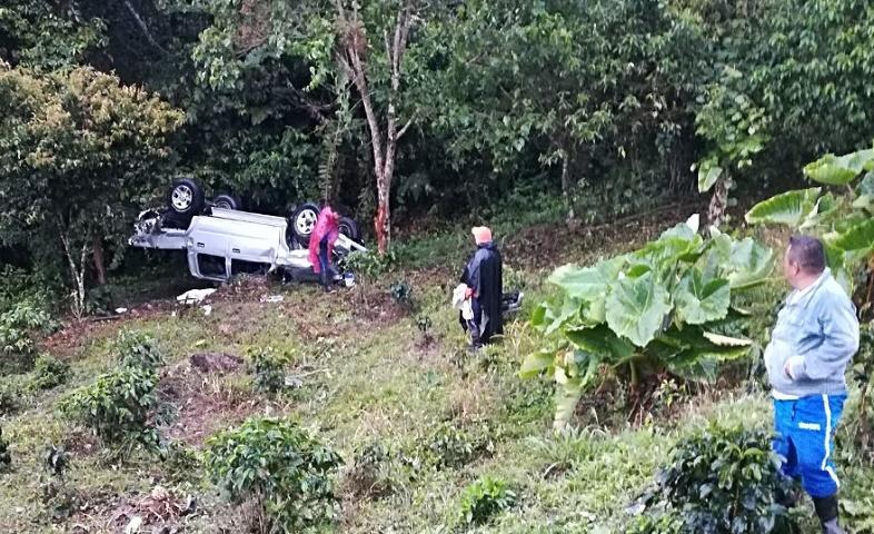 Tres heridos dejó accidente de tránsito en Filo de Chillurco
