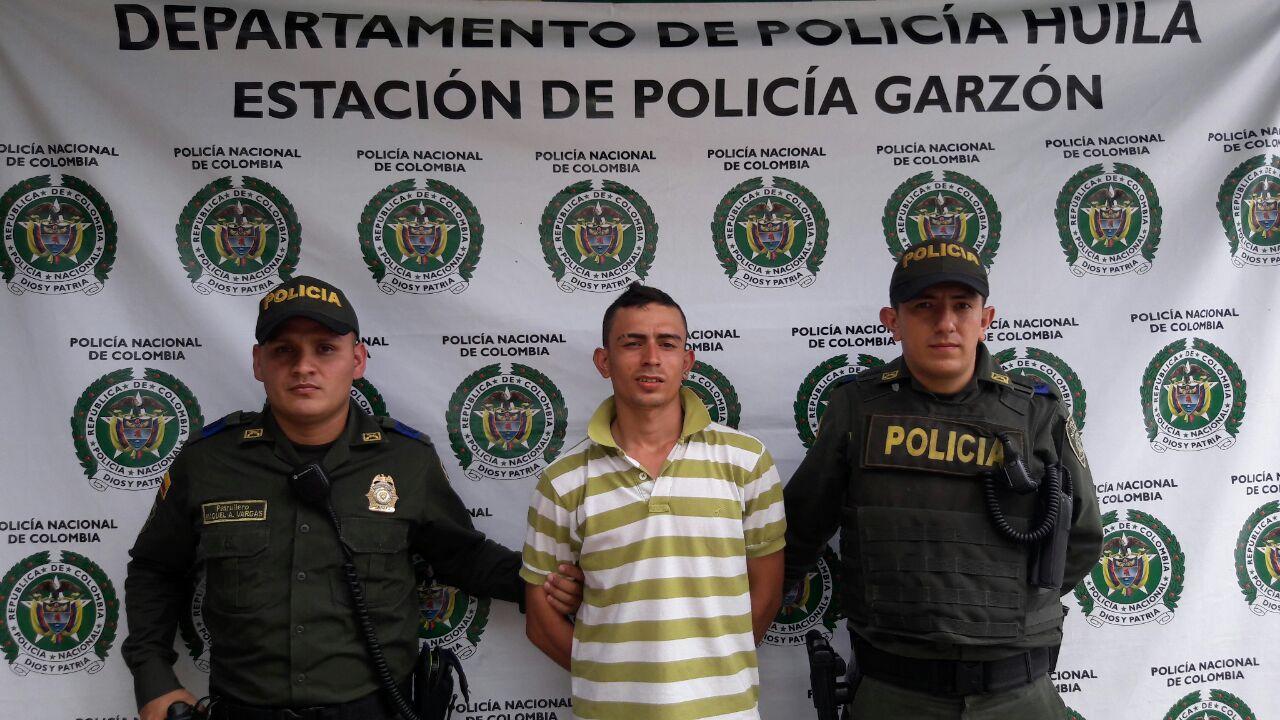 policia captura a ciudadano con detension domiciliaria en terminal de garzon