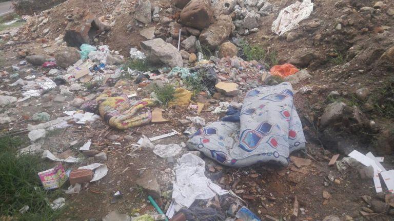 Denuncian botadero de basura a cielo abierto entre Garzón y Agrado