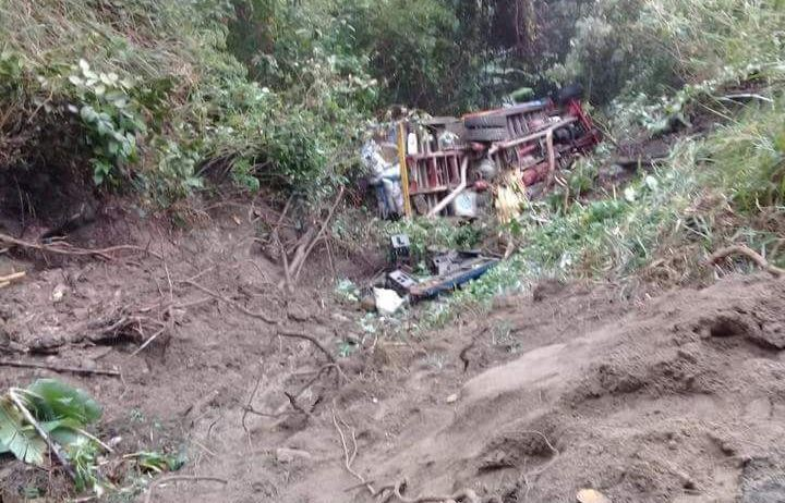 El mal estado de la vía sería la causa del accidente del bus escalera en el que viajaban estudiantes de Palermo