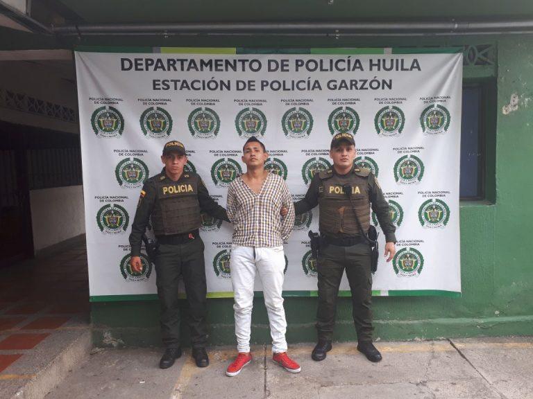 VIDEO: Así fue la captura en Garzón de hombre que delinquió teniendo prisión domiciliaria