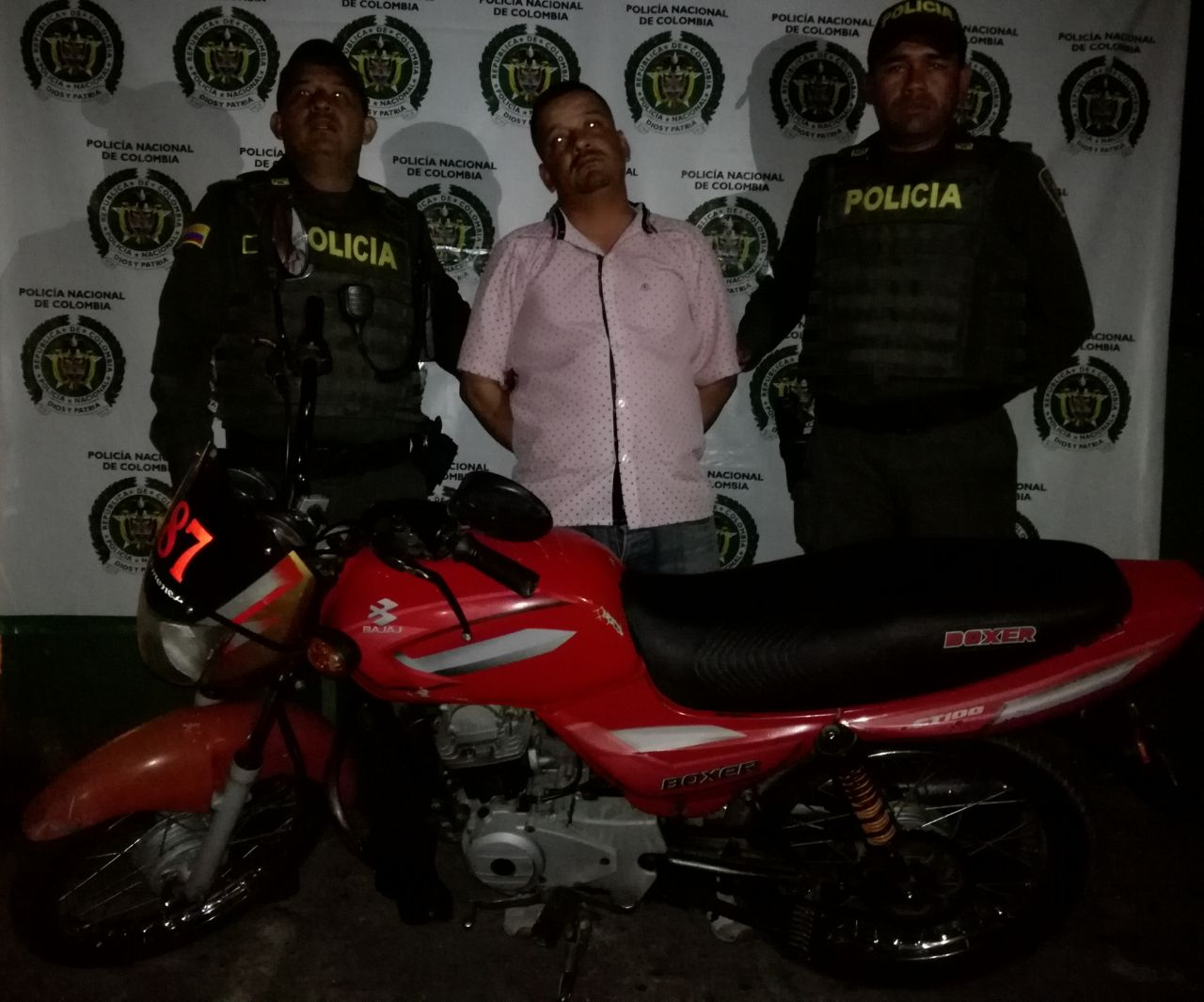 GARZÓN CAPTURA POR HURTO Y RECUPERACIÓN DE MOTOCICLETA