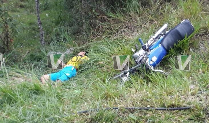 Muere joven motociclista en la vía Timaná Pitalito