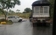 Accidente de transito en el sector Los Altares entre Hobo y Gigante