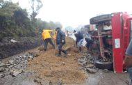 Maquinaria del Departamento del Huila atiende mantenimiento de la vía Isnos-Río Mazamorras