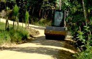 Mantenimiento vial en Gigante será de mejor calidad gracias a nuevo vibro compactador