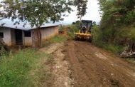 Tras varios años de deterioro fue recuperada importante vía rural en Suaza