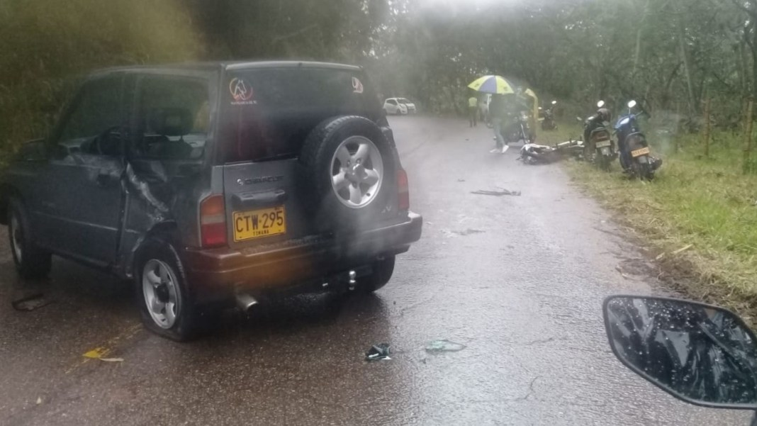 Aparatoso accidente dejó dos heridos en Cascajal Timaná